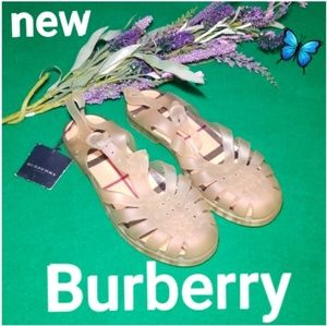 Burberry Sandles